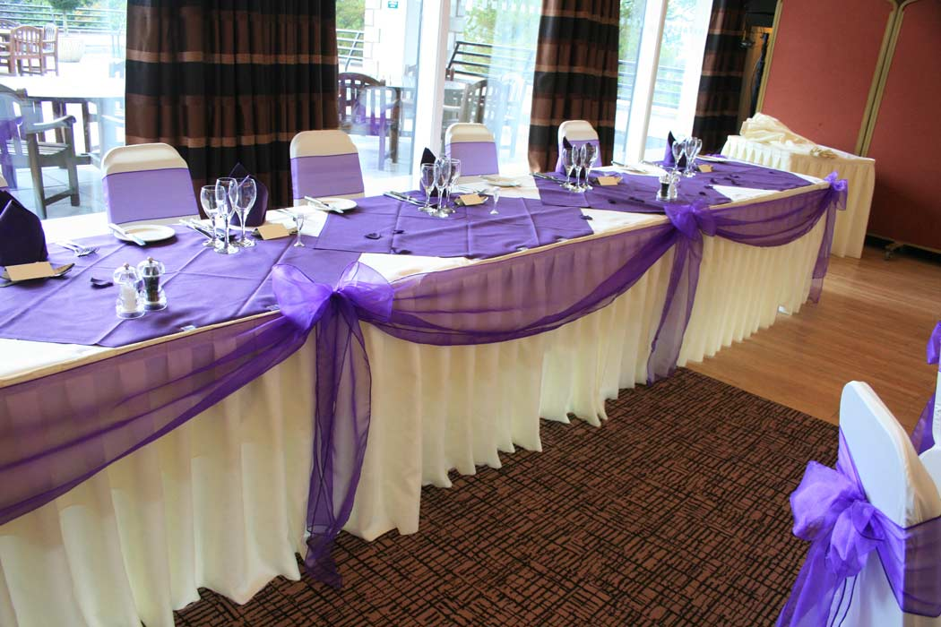 Wedding Table Runners Amp Swagging Somerset Cotswolds